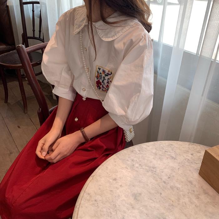 控价36 实拍实价夏季新款法式复古刺绣花朵娃娃领衬衣泡泡袖衬衫