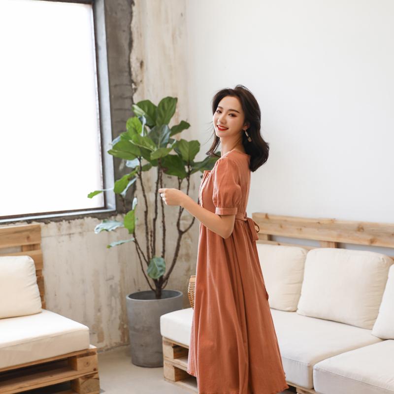2019新款流行显瘦高腰单排扣连衣裙女短袖复古棉麻裙子