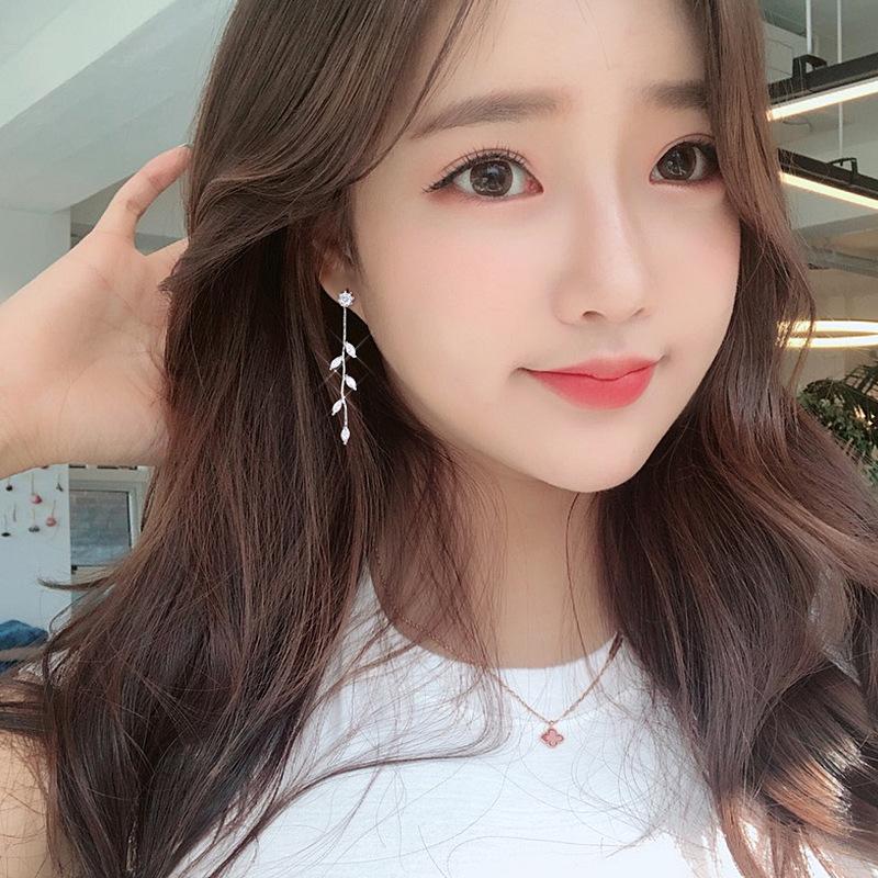 新款韩国气质个性树叶流苏长款耳环网红超仙显脸瘦耳饰品纯银耳钉