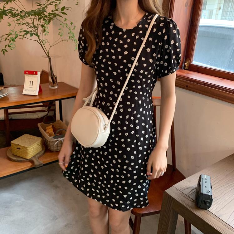 控價36 實拍實價韓版復古初戀小清新花朵圖案甜美顯瘦短袖連衣裙