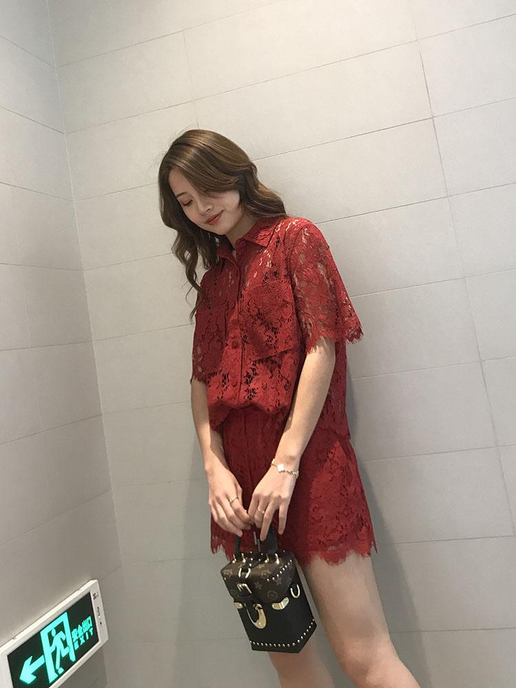 蕾丝上衣女短袖镂空欧货套装洋气超仙衬衫打底衫2019夏新恩诚地素