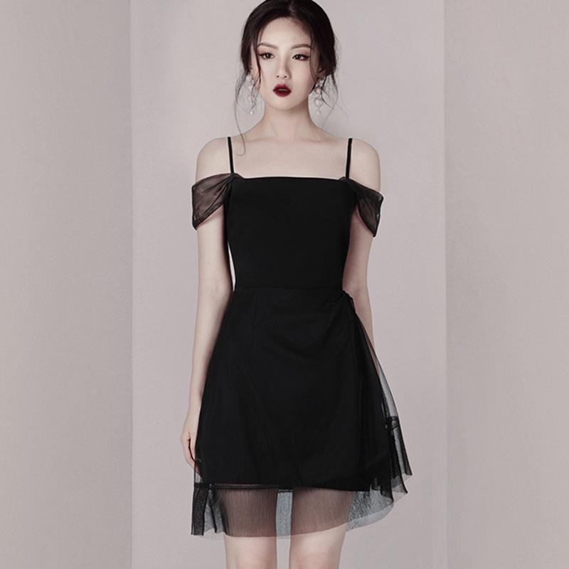 夏季新款时尚气质吊带网纱小黑裙修身显瘦连衣裙女