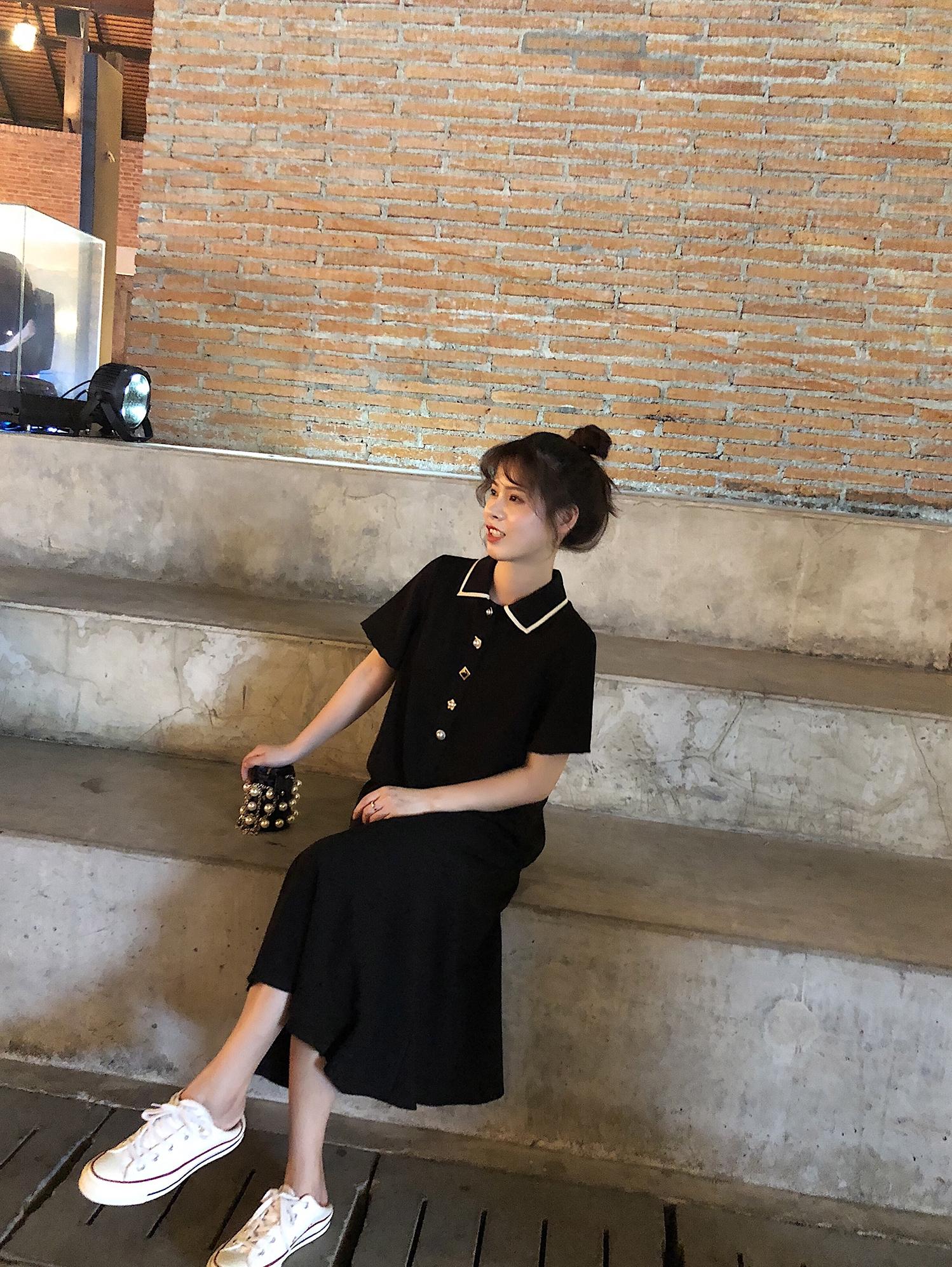 裙子女2019新款中長款Polo領小個子連衣裙學生韓版寬松顯瘦小黑裙