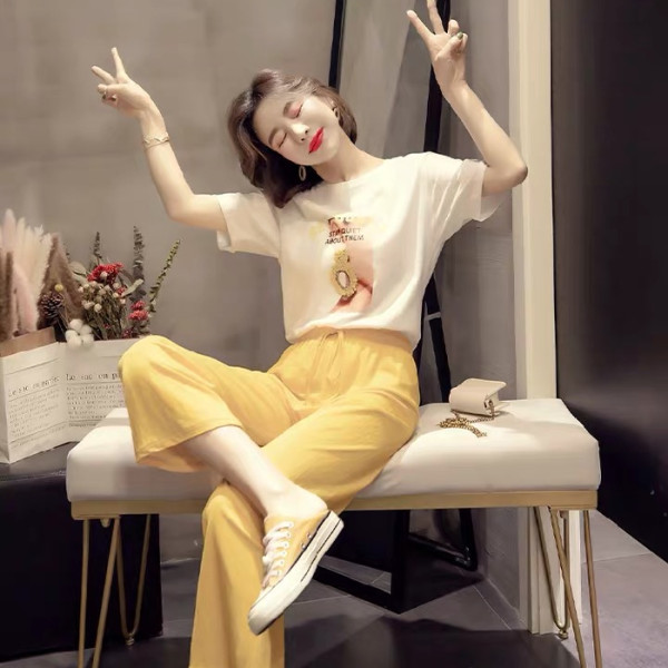 現貨 2019夏季韓版新款T恤休閑套裝褲子夏天 顯瘦 洋氣兩件套女