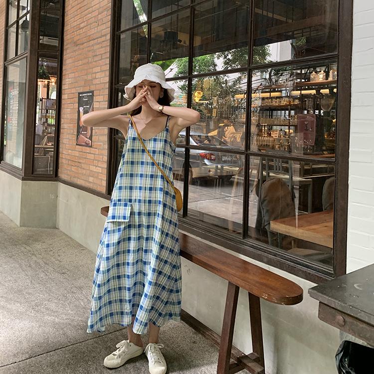 实拍实价韩国夏季少女酷帅V领吊带连衣裙女显瘦格子长裙