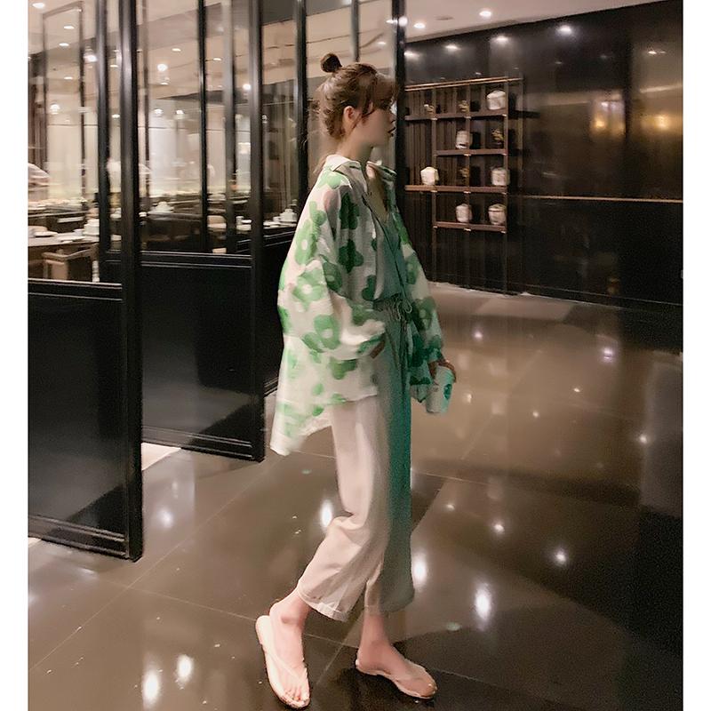 很仙的宽松夏季薄款防晒衬衣设计感小众印花衬衫女开衫2019新款潮