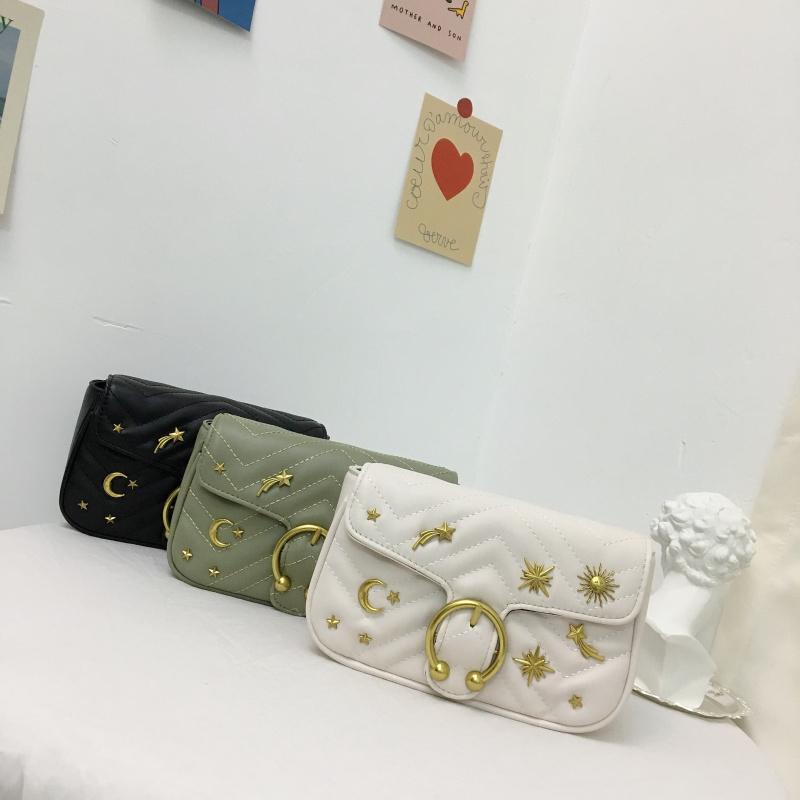 实拍实价 韩版新徽章金属装饰翻盖链条单肩斜跨女包