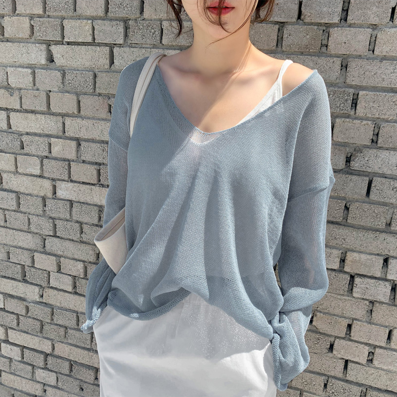 2019秋装新款气质V领薄款冰丝针织衫女网红慵懒宽松套头罩衫上衣