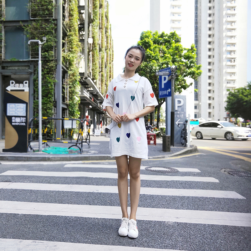 2019新款夏针织白色心形polo大码遮肚显瘦连衣裙减龄