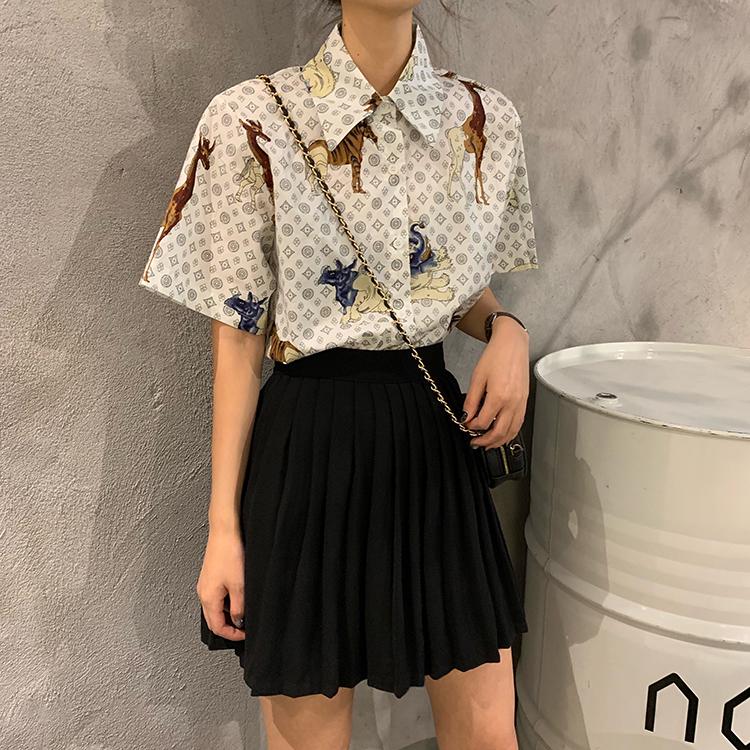 亚博娱乐平台入口实价韩国酷帅少女动物世界图案宽松短袖衬衫女显瘦衬衣