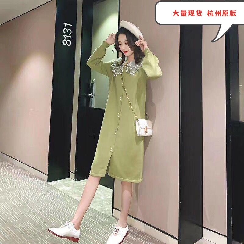 娃娃领显瘦连衣裙女牛油果绿毛衣复古中长款宽松韩版裙子秋季新款