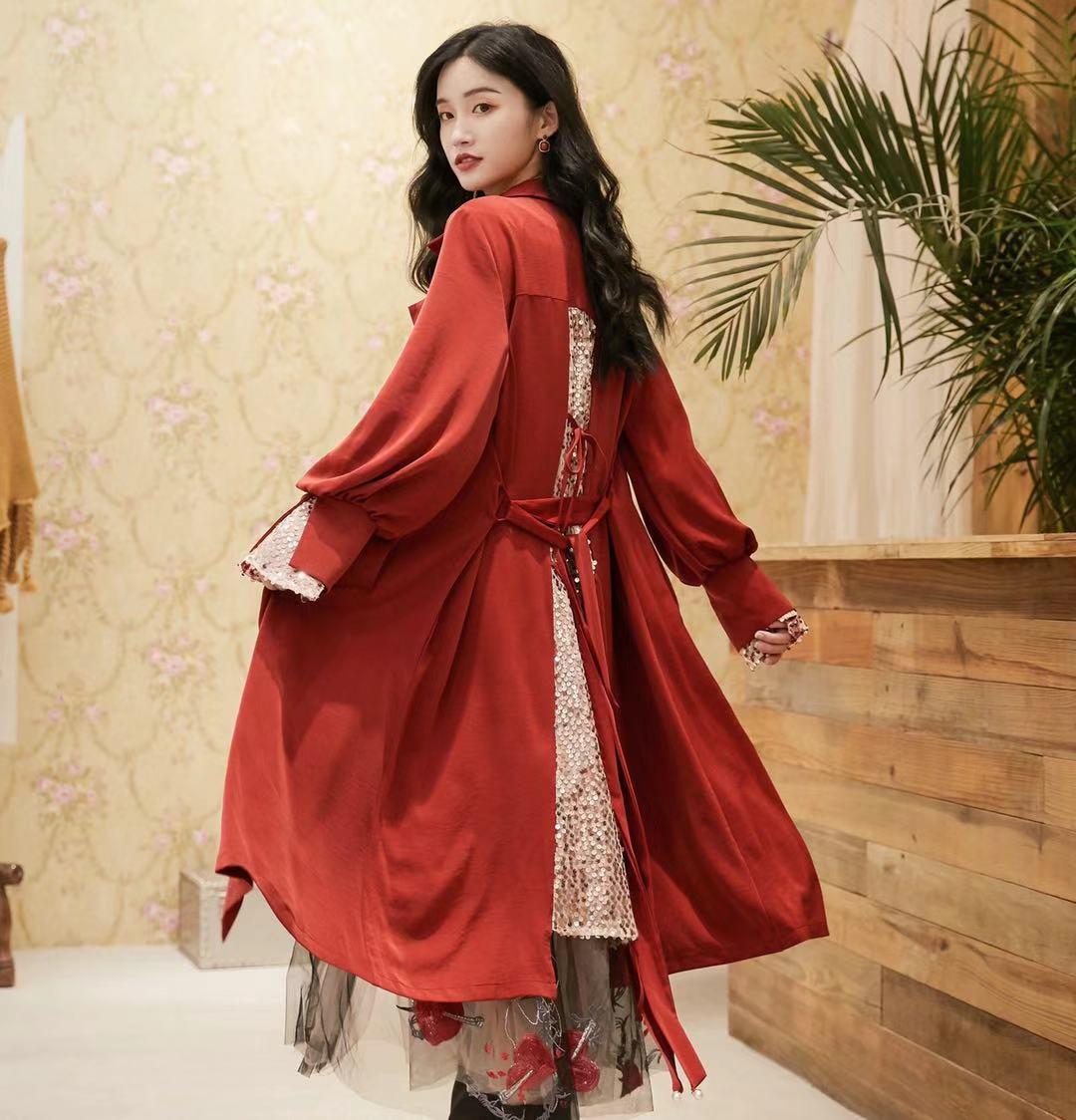 摩尔旋律绯红色薄款亮片宽松百搭外套风衣