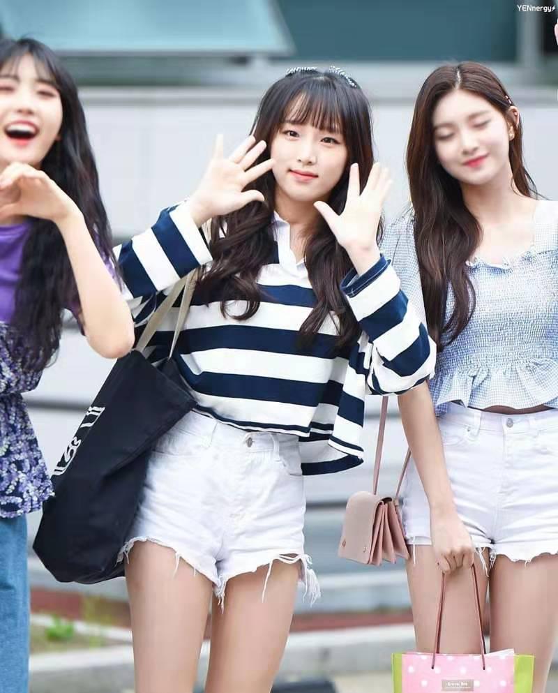 韩国chic拼色条纹针织polo衫女长袖宽松bf套头学院风上衣T恤潮