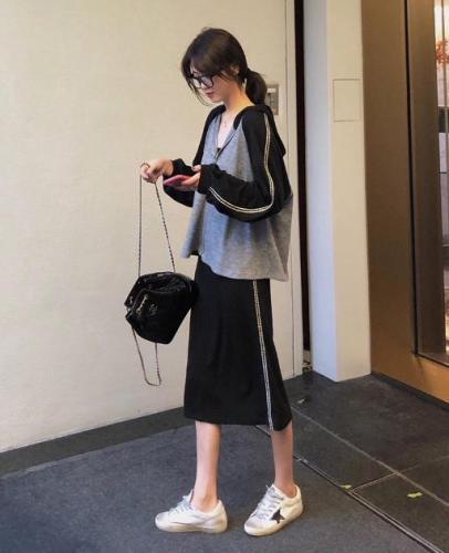 AHY 網紅洋氣套裝2019早秋新款韓版減齡顯瘦衛衣+半身裙兩件套女