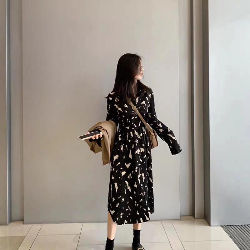 桔梗连衣裙法式小众2019秋季新款收腰气质洋气印花长袖流行裙子