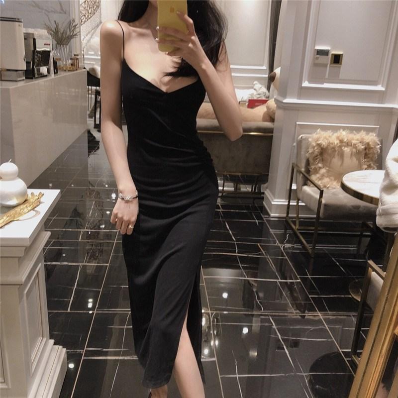 實拍實價 控價5 溫柔風小黑裙黑色v領吊帶裙開叉打底連衣裙
