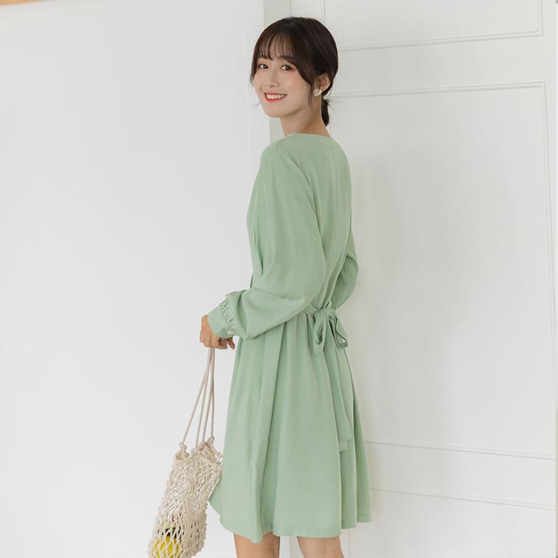 2019秋季新款法式優雅長袖高腰修身顯瘦系帶單排扣V領連衣裙女
