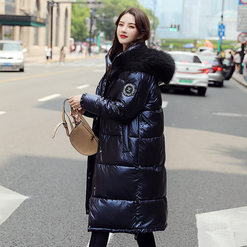 實拍歐洲站2019冬季新款羽絨服女長款過膝亮面時尚寬松大毛領棉服