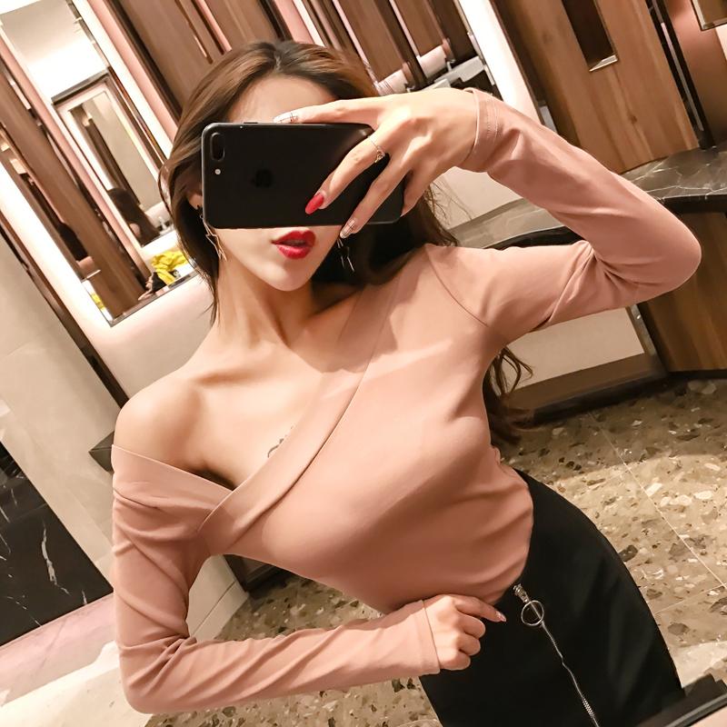 2019韓版秋裝斜領長袖t恤女性感露肩鏤空個性夜店女裝不規則上衣