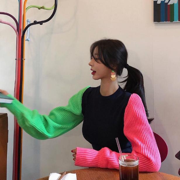 现货 韩国东大门2019秋冬 袖子撞色个性设计针织毛衣
