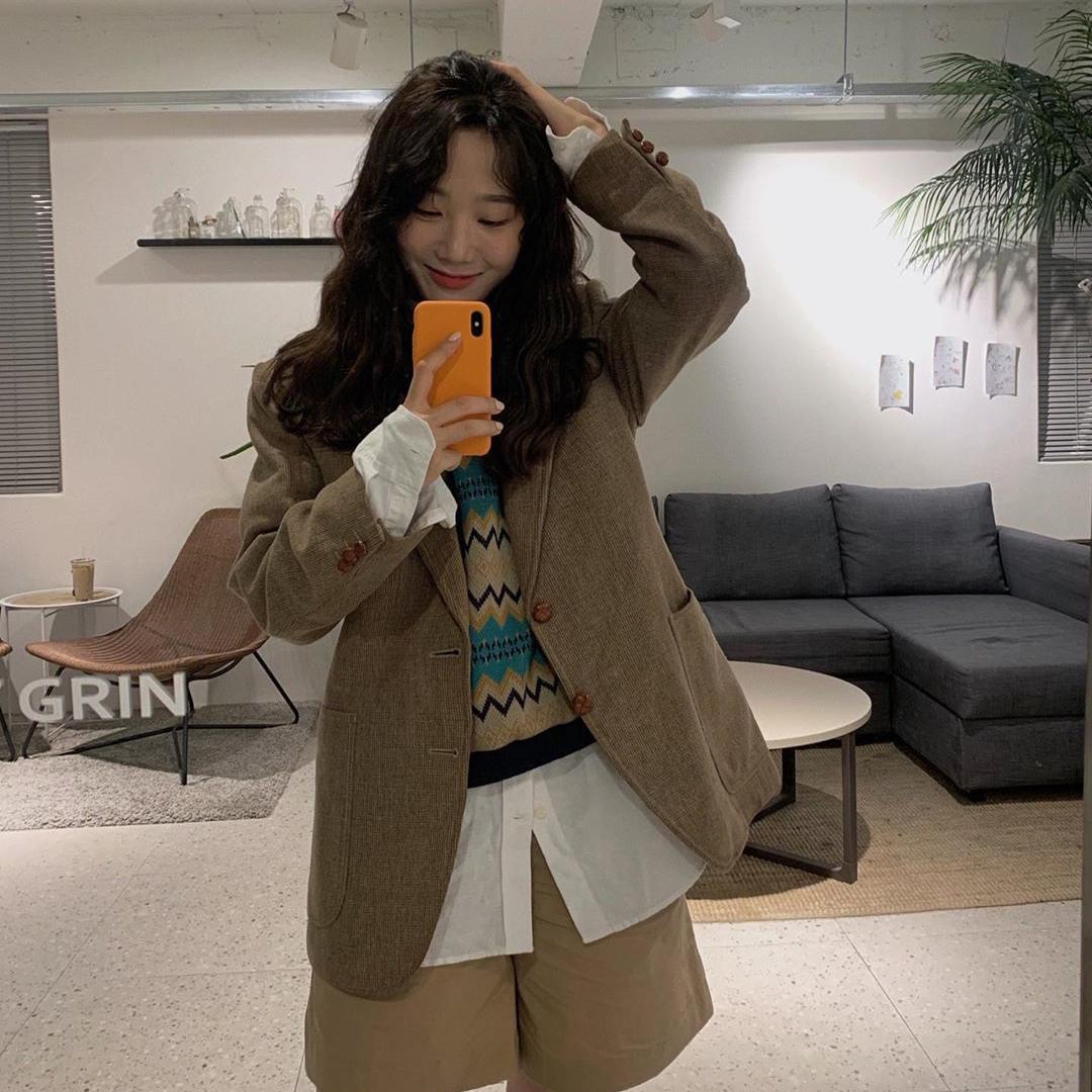 三件套 韩国街头 洋气复古毛呢西服外套+白衬衫+圆领针织衫短袖