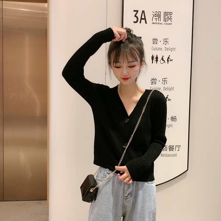 亚博娱乐平台入口实价 韩版秋装新款网红修身显瘦V领短款外套长袖针织开衫上衣