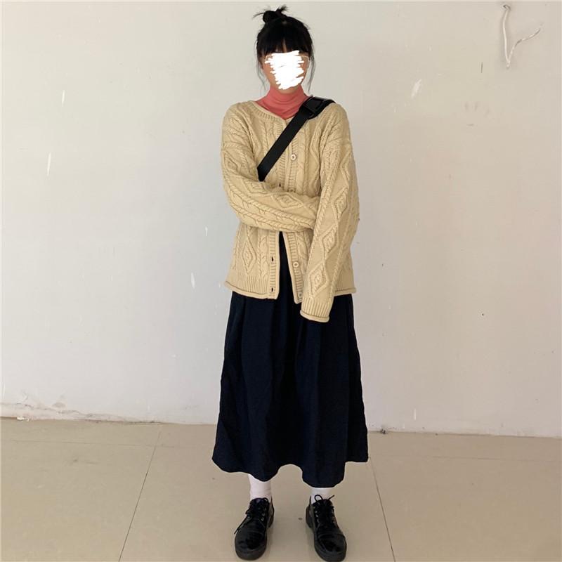 實拍現貨 新款韓版通勤顯瘦麻花辮寬松針織開衫+打底+半身裙