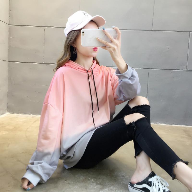 亚博娱乐平台入口棉质 韩版新款渐变后背印花宽松连帽抽绳多口袋小卫衣女