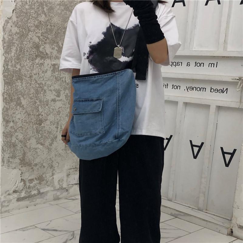 實拍實價~特價不減韓國INS原宿風斜跨包水洗牛仔包帆布包大容量包