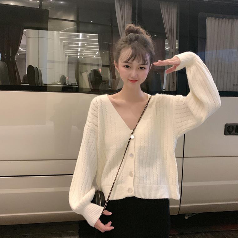 實拍實價 2019秋外套寬松顯瘦網紅毛衣V領長袖針織開衫女短款上衣