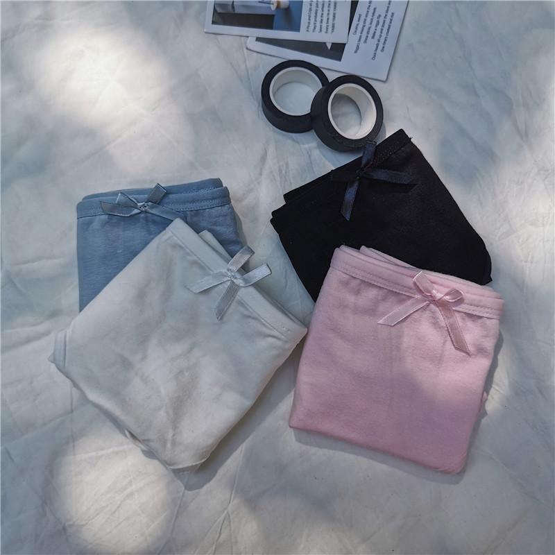 亚博娱乐平台入口实价百搭纯色小清新少女舒适纯棉内裤透气中腰三角裤四件装