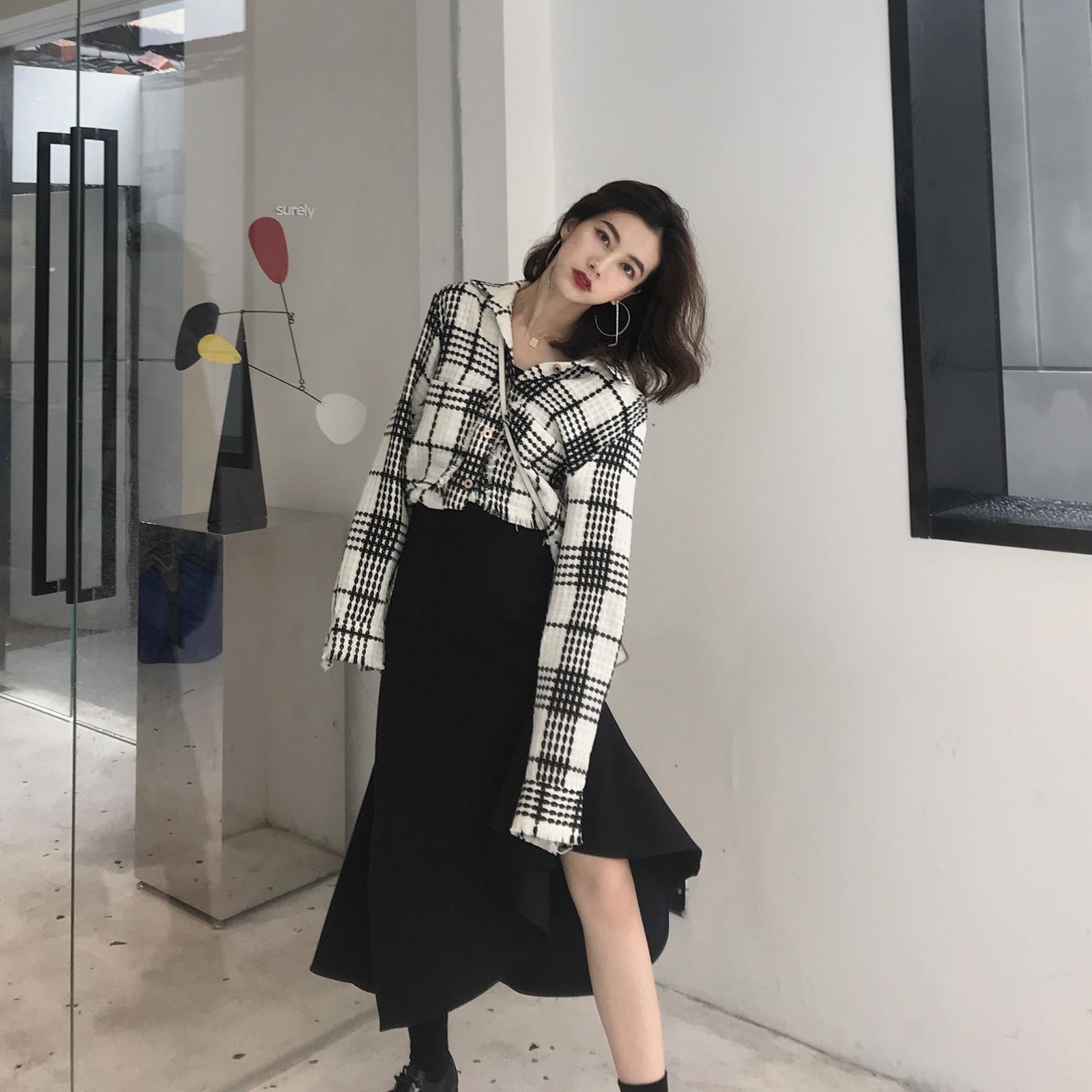 黑色垂感不規則荷葉邊魚尾裙女 秋季中長款高腰顯瘦包臀a字半身裙