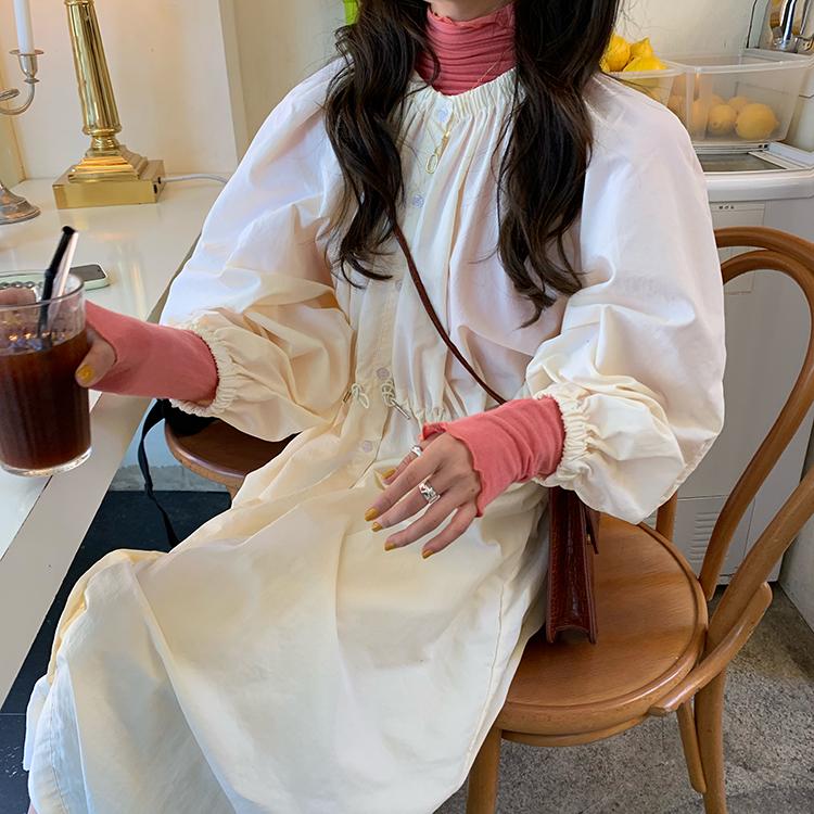 實拍實價韓國鬼馬少女法式泡泡袖小眾廓形連衣裙女顯瘦百搭裙子