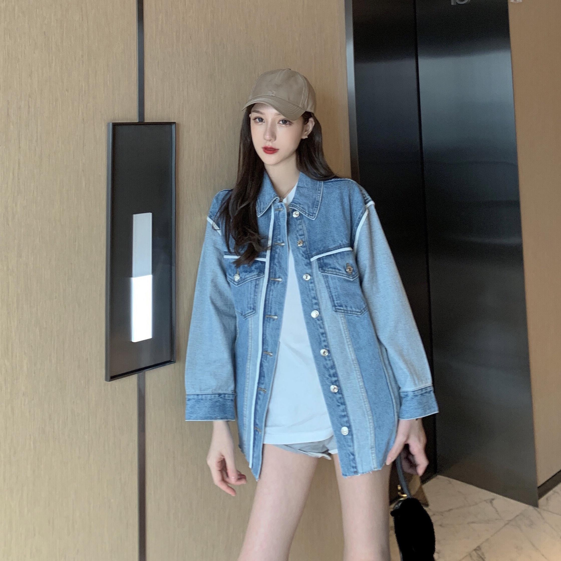 亚博娱乐平台入口实价 蓝色拼接牛仔外套女秋装宽松显瘦bf风复古牛仔衣夹克