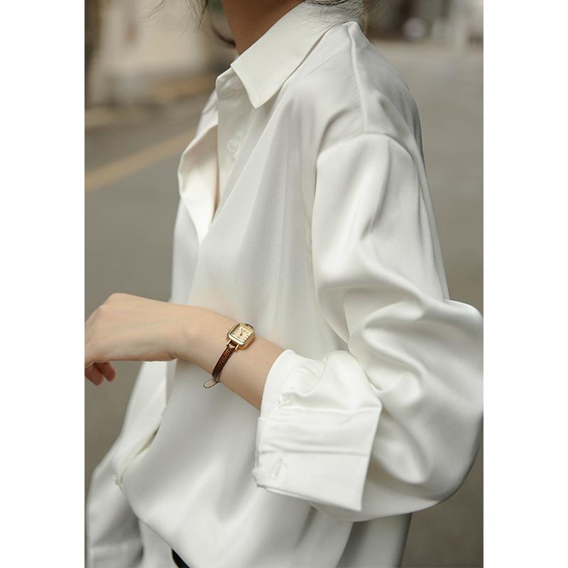 白色衬衫女设计感小众复古港味上衣垂感衬衣丝光缎面宽松韩版职业