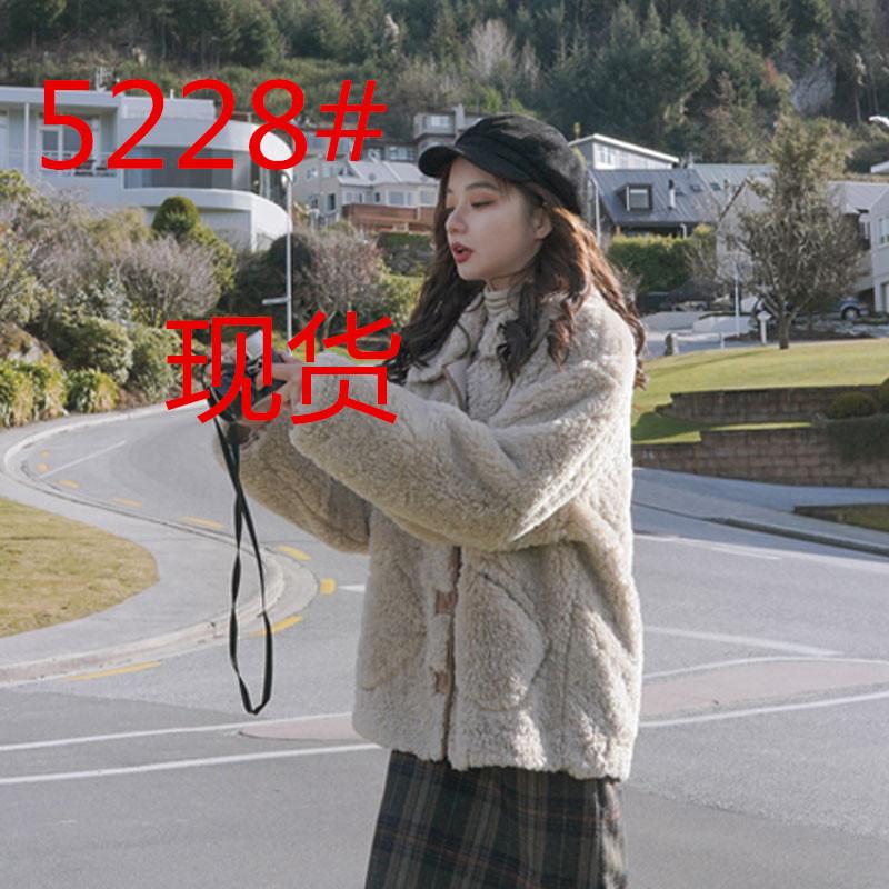 2019新款秋冬季女装韩版宽松短款羊羔毛外套女皮毛一体羊毛羔绒潮