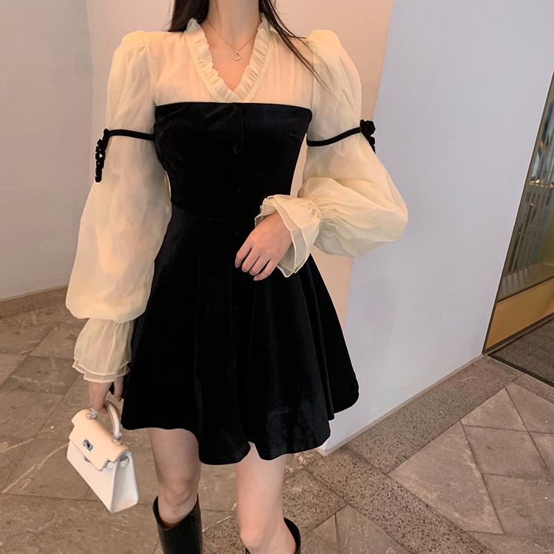 實拍實價復古宮廷風重工拼接絲絨冬季連衣裙女顯瘦華麗優雅裙子