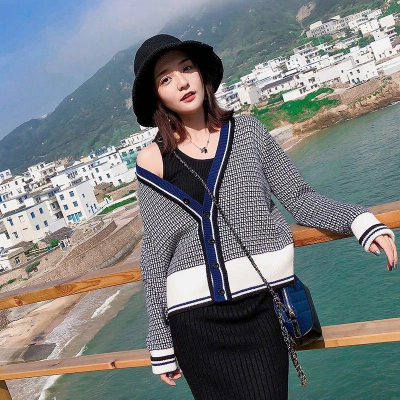 2019秋裝新款上衣V領針織毛衣開衫韓版復古chic格子長袖撞色外套