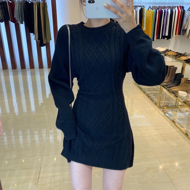 針織打底連衣裙秋冬氣質露背包臀裙顯瘦內搭麻花毛衣裙
