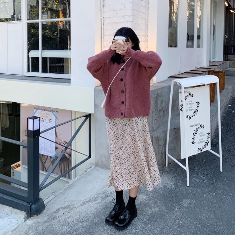 實拍實價 可愛粉嫩少女保暖毛衣+碎花半身裙