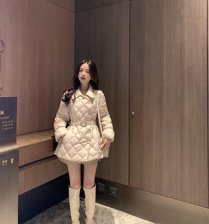 2019冬装新款韩版收腰显瘦中长款90白鸭绒小香风轻薄羽绒服