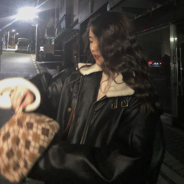 jmwomen 網紅羊羔毛絨外套女皮衣冬季韓版寬松港味復古機車服加厚