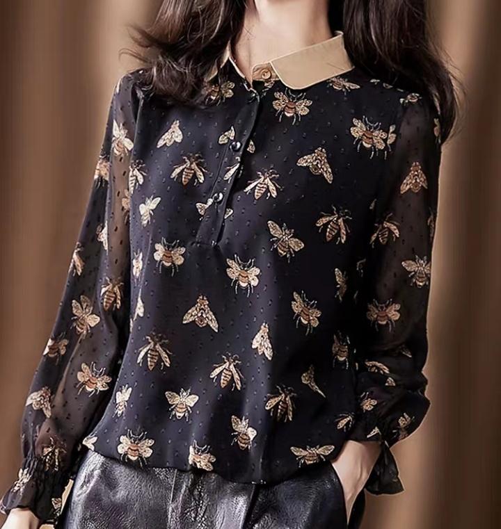 印花衬衫女秋款外穿设计感小众时尚大码娃娃衫显廋潮洋气打底衬衣