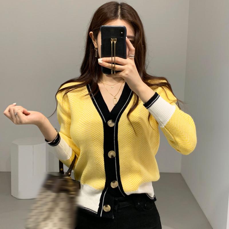 優雅嫩黃V領撞色設計百搭單排扣針織開衫毛衣