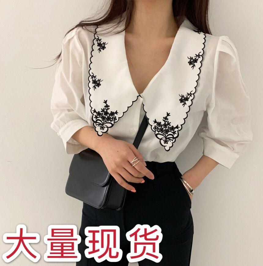 現貨韓國chic復古設計感翻領重工刺繡撞色單排扣寬松泡泡袖襯衫女