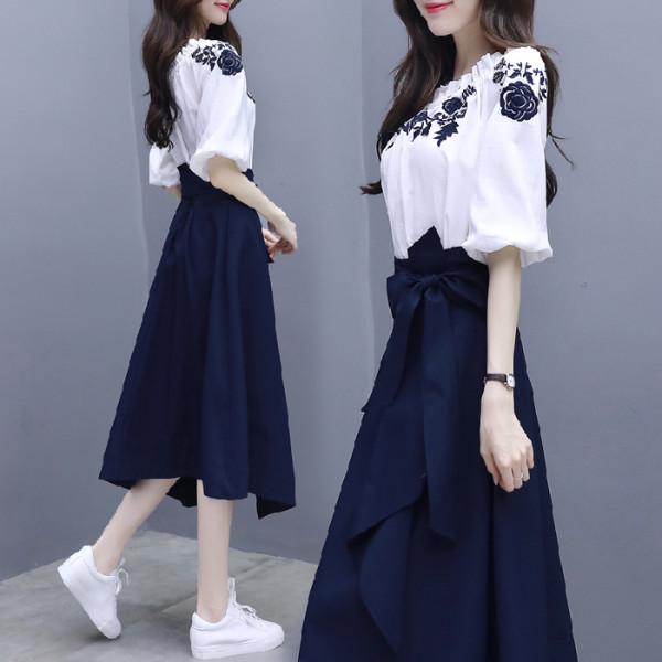 女神范连衣裙春秋装2020新款气质韩版套装女一字肩chic裙子两件套