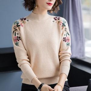TS57388#女秋冬半高领大红色妈妈毛衣短款加厚绣花针织打底衫