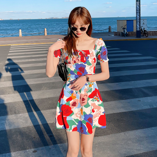 TS49786#海边度假碎花连衣裙2020新款夏收腰显瘦气质泡泡袖网红裙子...