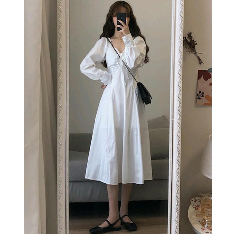 内搭裙子女秋冬打底V领白色连衣裙法式小众仙女初恋甜美气质长裙