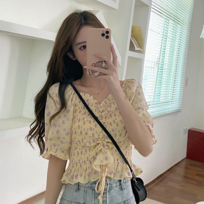 实价实拍  短袖衬衫女夏设计感小众新款2021年碎花泡泡袖短款上衣